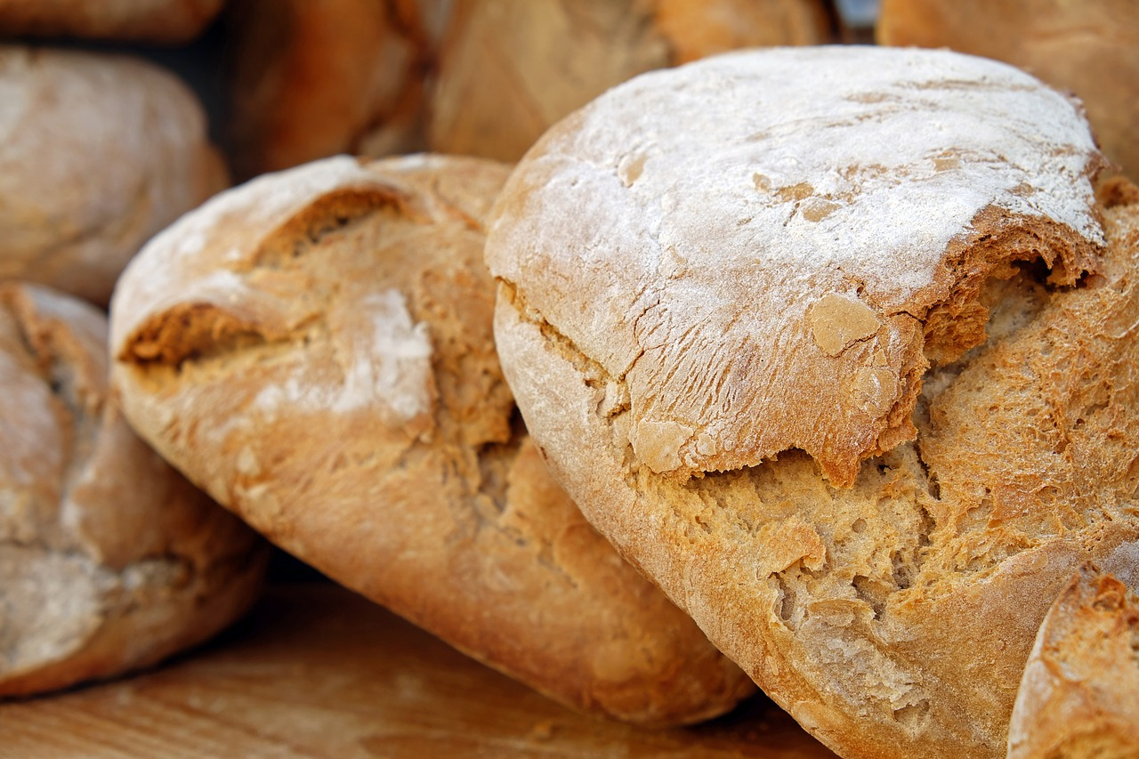 Tips For Making Dutch Oven Bread At The Campsite