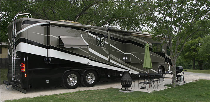 Pecan park riverside rv park in the texas hill country for Motor homes san antonio