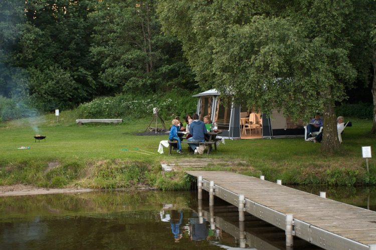 Organizing a Family Camping Trip