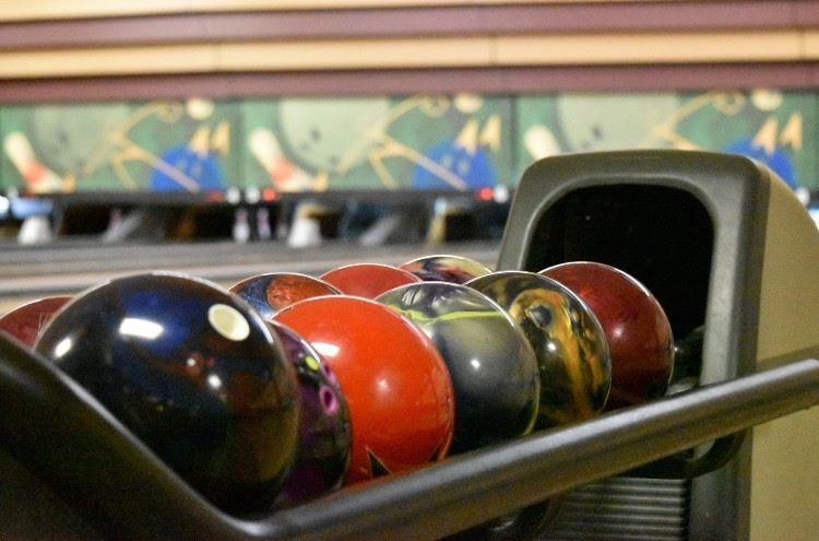 Sunset Bowling Lanes for the Family in San Marcos