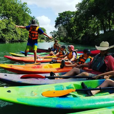 Paddle With Style Offers Guided Tours of San Marcos River